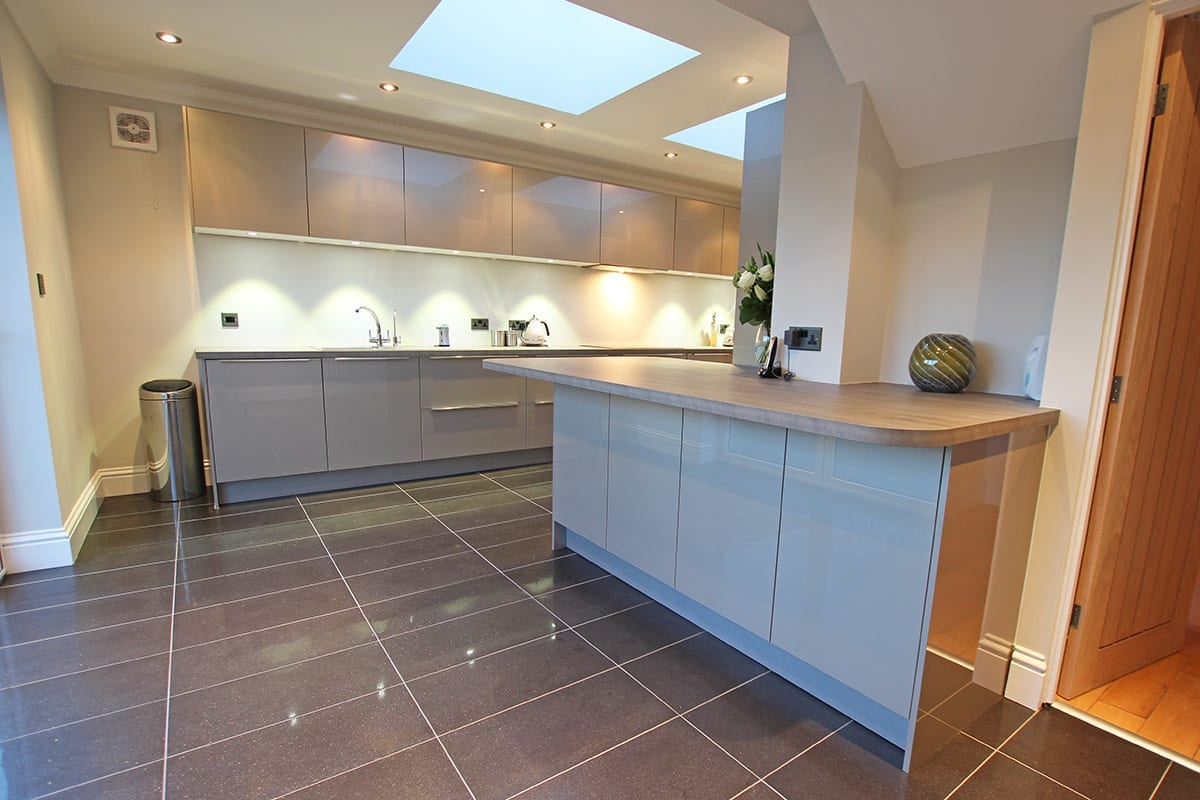 Luxury Laminate Worktop With Curves - Arthur Anthony Interiors, Chelmsford